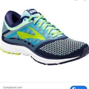 Brooks Revel sneakers (colors blue lime navy) SZ 7